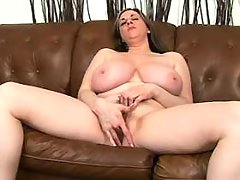 Plump mom w large tits does blowjob great bbw