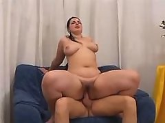 Portly busty honey fucking with dude on bed great bbw