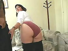 Portly brunette housewife tempts pointer on sofa great bbw