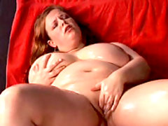 Horny BBW spreads her meaty thighs great bbw