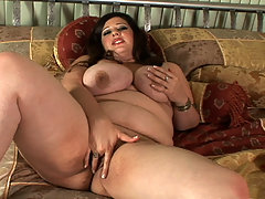 Angel Sin fingers her perfect snatch great bbw