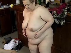 Chubby mature whore fucks on floor great bbw